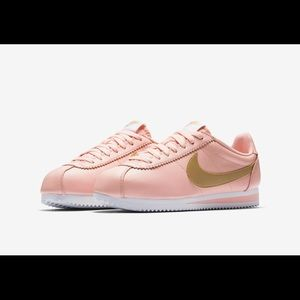 Nike Cortez blush & gold
